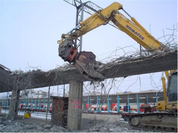 Thi công tháo dỡ công trình tại các công trình xay dựng