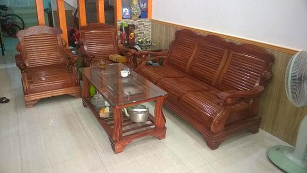 Mua bàn ghế salon gỗ cũ đã qua sử dụng