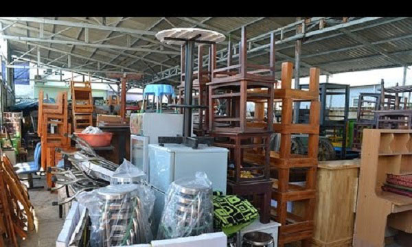 Mua đồ thanh lý các loại bàn ghế gỗ, inox,...