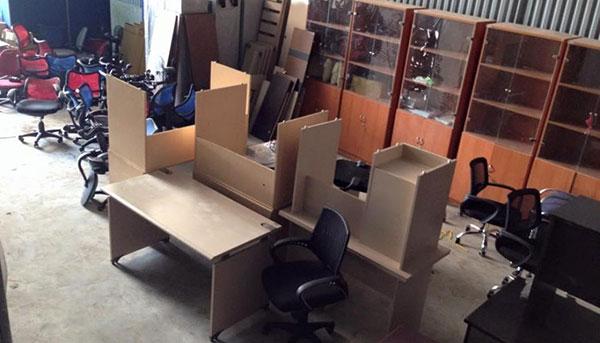 Thu mua các loại bàn ghế, kệ, tủ